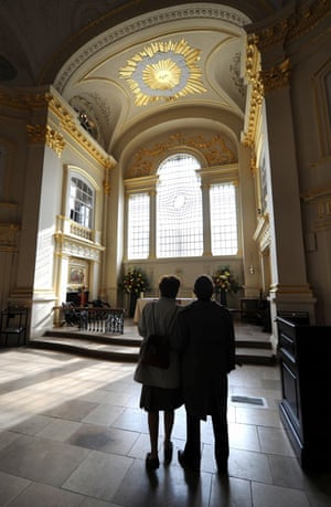 The new East Window in St Martin-in-the-Fields