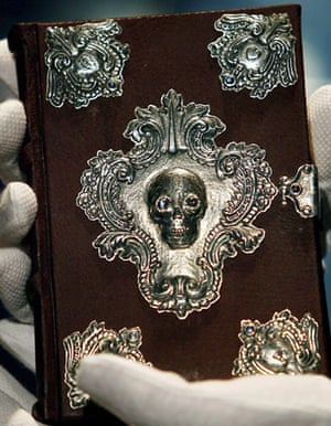 The Tales of Beedle the Bard front cover