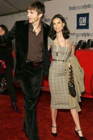 Demi Moore in Roland Mouret