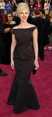 Scarlett Johansson in Roland Mouret
