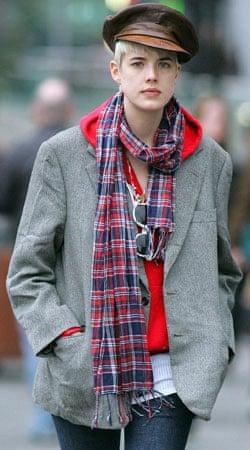 Agyness Deyn wearing tartan scarf