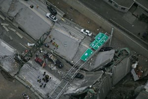 An aerial picture of the bridge after it collapsed