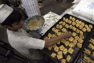 A baker makes sweets in preparation for Ramadan