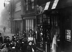 Sylvia Pankhurst addresses a crowd in East London