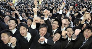 College students begin job hunting