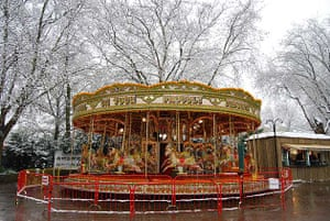 Carousel, London Zoo