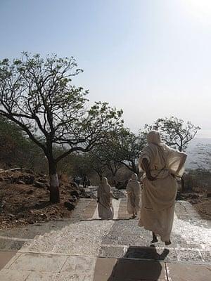 'Flying Nun', Shetrunjaya Hill, Gujarat, India
