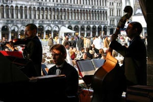Cafe band, St Mark's Square, Venice