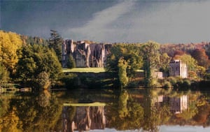 Wardour Castle and lake
