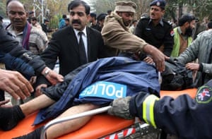 Police killed in Lahore suicide bombing