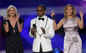 Entertainers Faith Hill, Jamie Foxx and Beyonce onstage during the Neighborhood Inaugural Ball in Washington