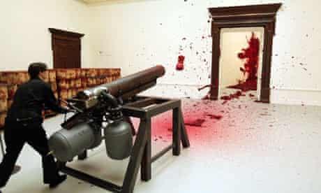 anish-kapoor-wax-cannon
