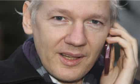 julian assange close up