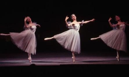 Ballet Dancers Performing <La Sylphide>