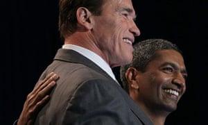 KR Sridhar hugs California governor Arnold Schwarzenegger at the Bloom Box launch at eBay HQ
