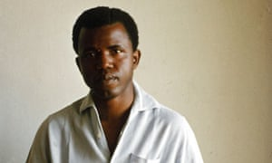 Chinua Achebe in 1960