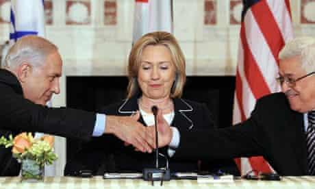 US Secretary of State Hillary Clinton (C