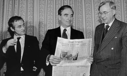 Rupert Murdoch, centre, flanked by Harold Evans and William Rees Mogg