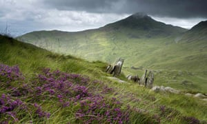 Farmers 'should be paid to protect quality of land'