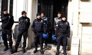 police at Oda TV website headquarters in Instanbul