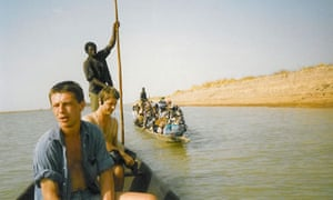 Andy Kershaw with Radio 4 producer Simon Broughton on the Niger in Mali, 1988.