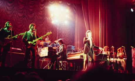 Frankie Valli Performs On Stage