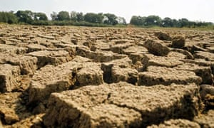 DROUGHT IN BRITAIN - 1976