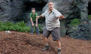 Kevin James in a scene from Zookeeper.