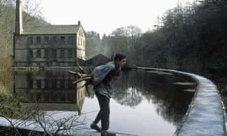 Jamie Bell in the film of NICHOLAS NICKLEBY 2002