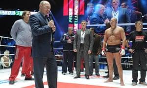 Putin congratualtes martial arts fighters