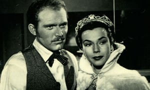 Gene Evans and Mary Welch in Park Row (1952).