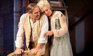 David Suchet and Laurie Metcalf in Long Day's Journey …