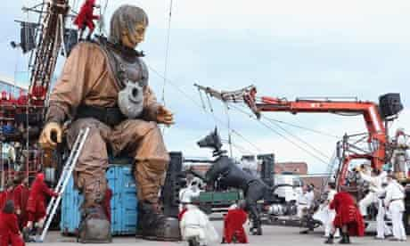 Royal De Luxe bring their Little Girl Giant to Liverpool