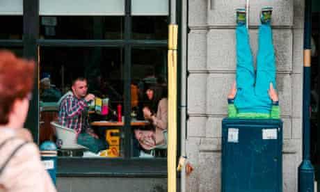 Adain Avion: Bodies in Urban Spaces