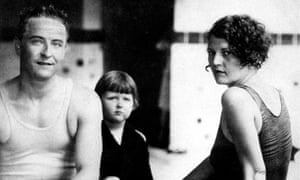 Fitzgerald and wife Zelda with their daughter Scottie, Virginia Beach, August 1927.