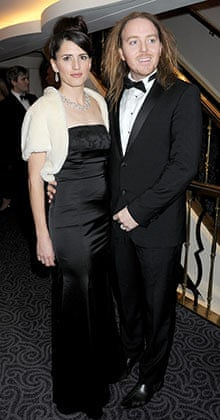 Minchin with his wife, Sarah, in 2011.