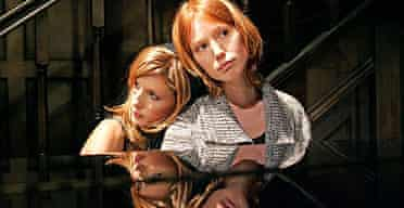 Kelly Reilly and Alicia Witt in Piano/Forte