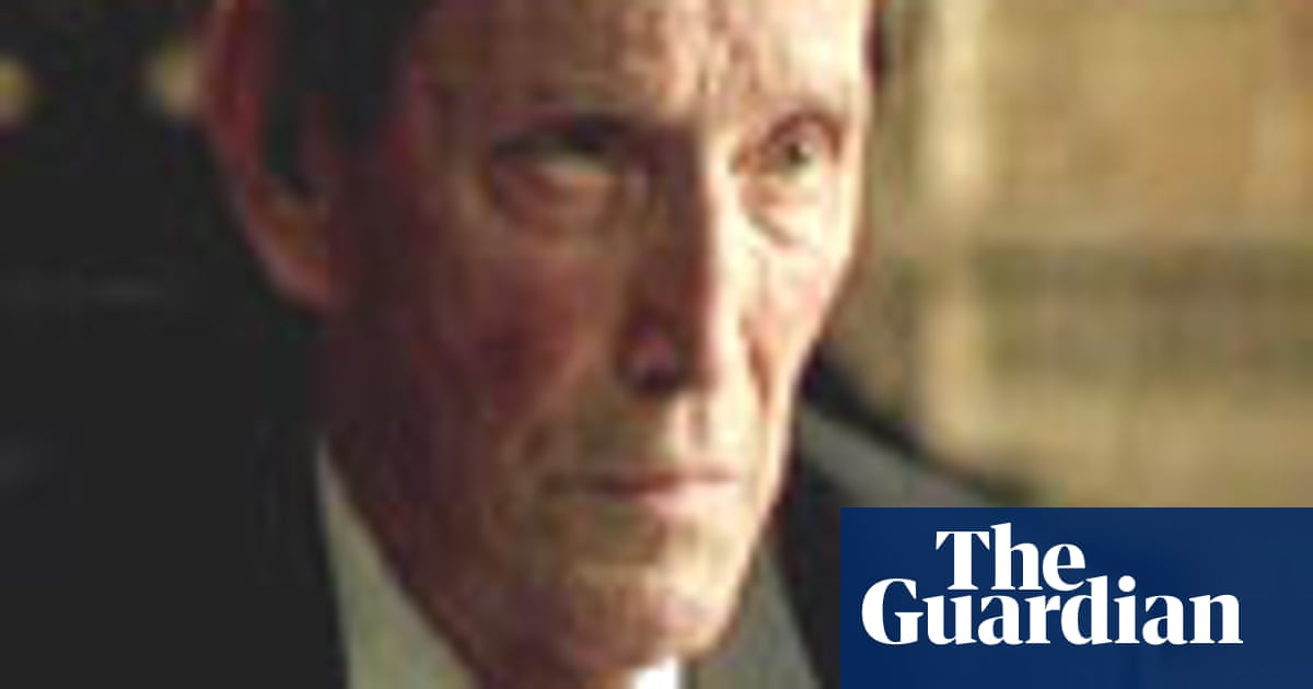 Obituary: Tom Bell | Global | The Guardian
