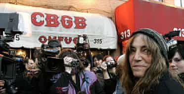 Patti Smith arrives for the final show at CBGB's