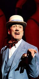 Robert Lindsay as the Entertainer