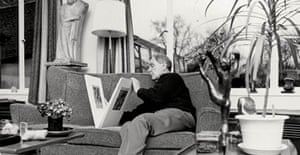 Henry Moore at his home, Hoglands