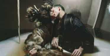 Matthew Barney DRAWING RESTRAINT 9 2005 Production still