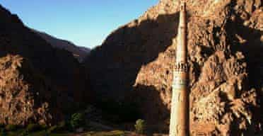 Minaret of Jam in Afghanistan, photo by Dan Cruickshank