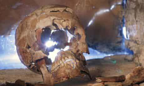 Skeleton of a 4th-century man found at a Roman villa in Lulligstone, Kent
