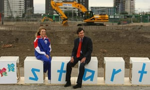 Sebastian Coe with British diver Jessica Williams at the site of the Olympics' aquatics centre