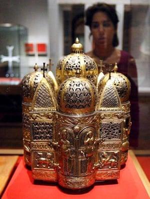 Byzantium at the Royal Academy: Incense burner in the shape of a church, 10th–11th century. Silver partially gilded, 36 cm. Procuratoria di San Marco, Venezia