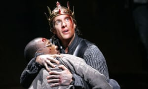 Wela Frasier and Geoffrey Streatfeild in the RSC's Henry V at the Roundhouse in London in 2007