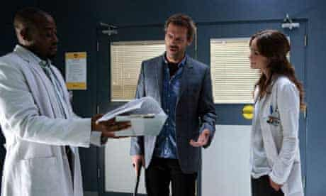 Hugh Laurie and co-stars in House