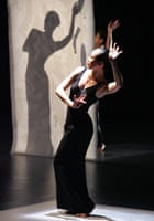 Cloud Gate Dance Theatre at Sadler's Wells in 2007