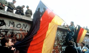 The fall ofthe Berlin Wall, 11 Nov 1989